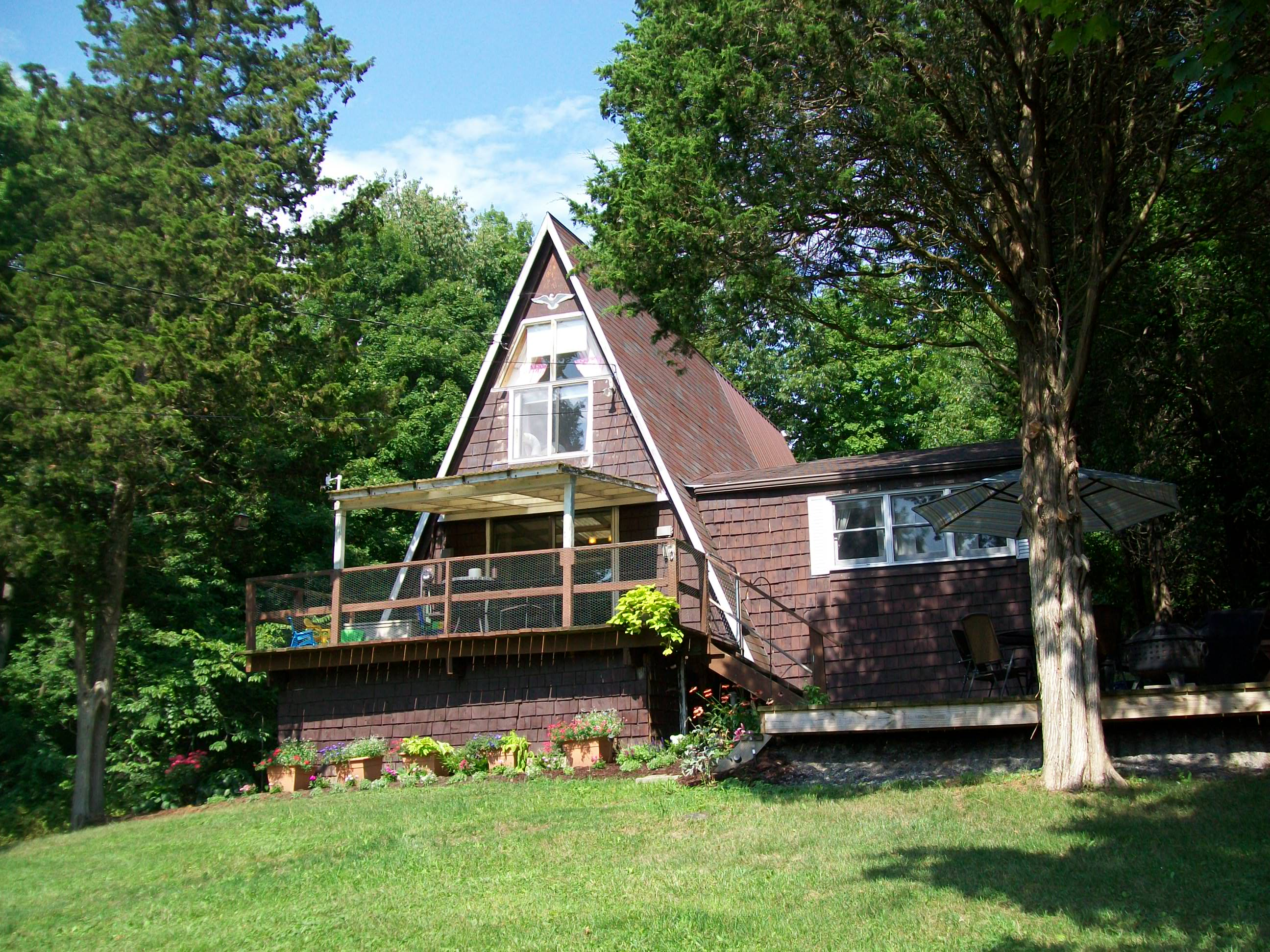 SOLD in 2013: 716 Lansing Station Road