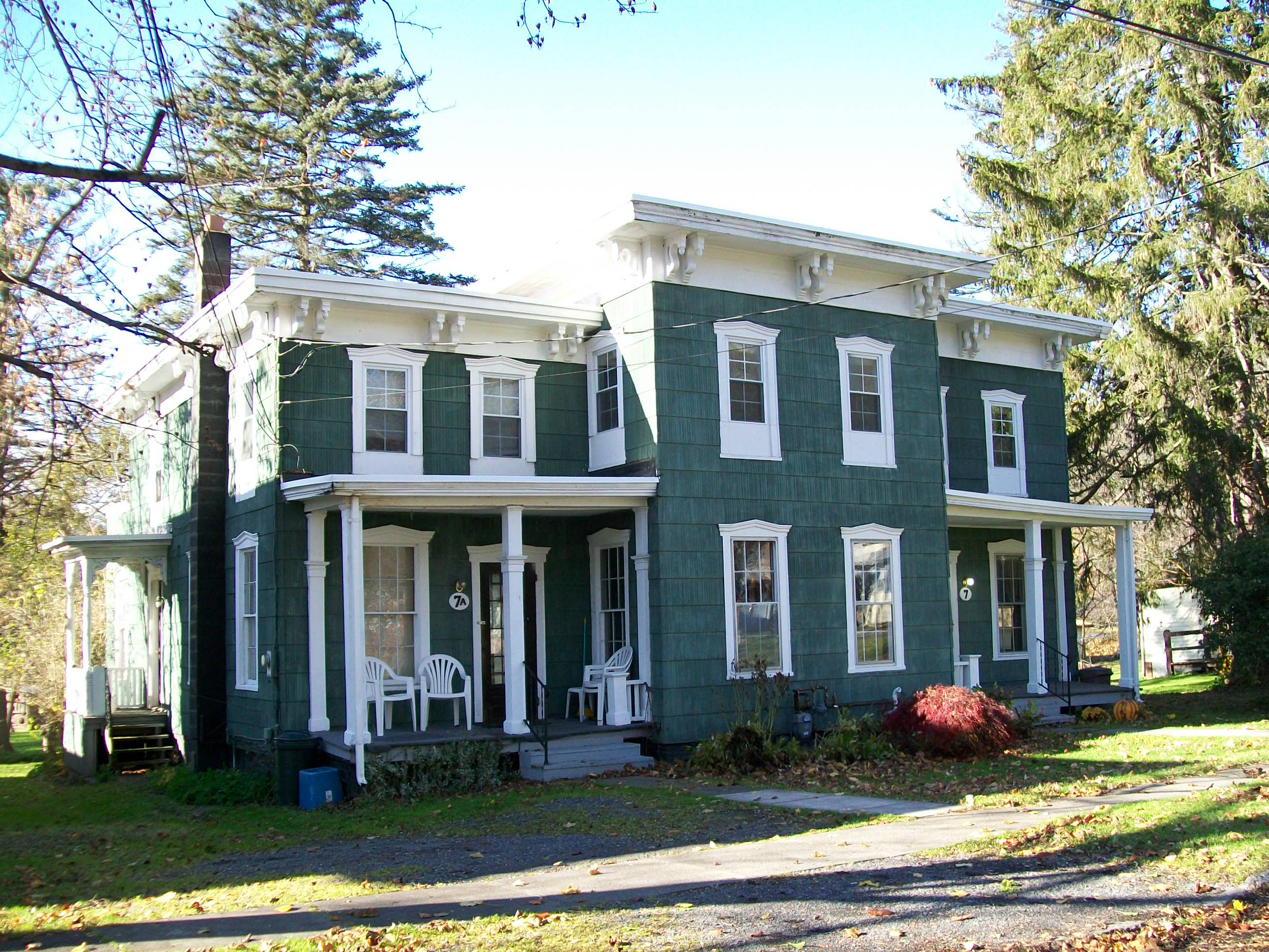 SOLD in 2014: 7 Williams Street